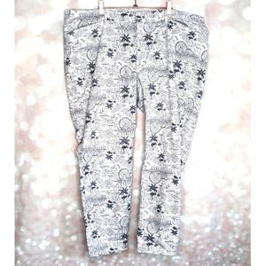 Old Navy Pixie ankle pants size 18 carnival print